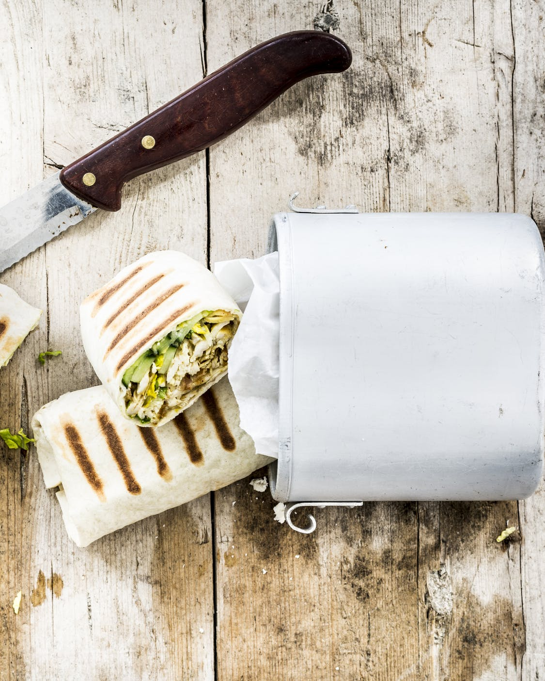 Curry-Pulled-Chicken Wrap